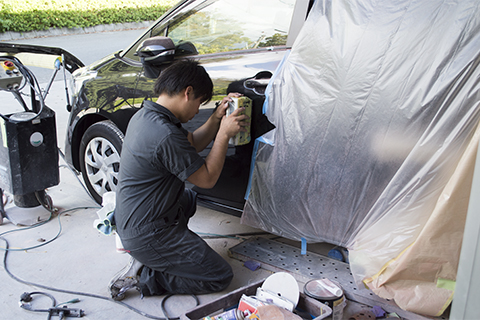 事故車両修理のプロフェッショナル